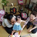 長女、1歳の誕生日!九州ならではの餅踏みを今回もしました